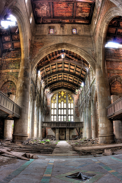 Abandoned Church Image by slworking2 of Flickr