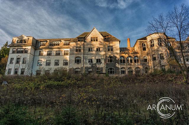 Sanatorium Image by Jan Bommes